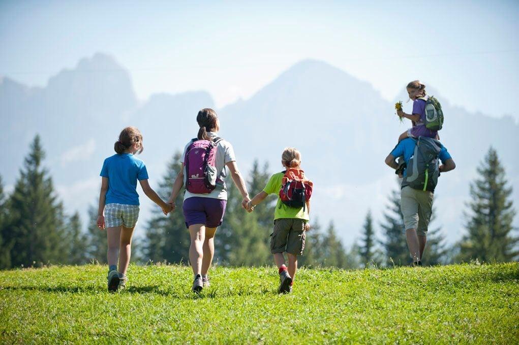 La Val d'Ega, i sentieri da percorrere a piedi
