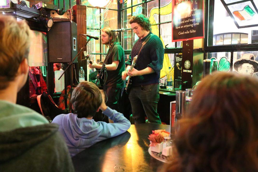 Dublino, pub con musica live