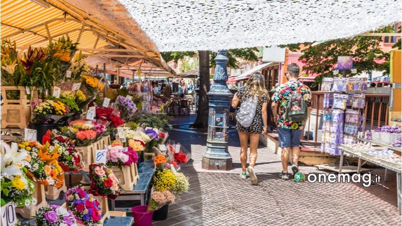 Il mercato dei fiori