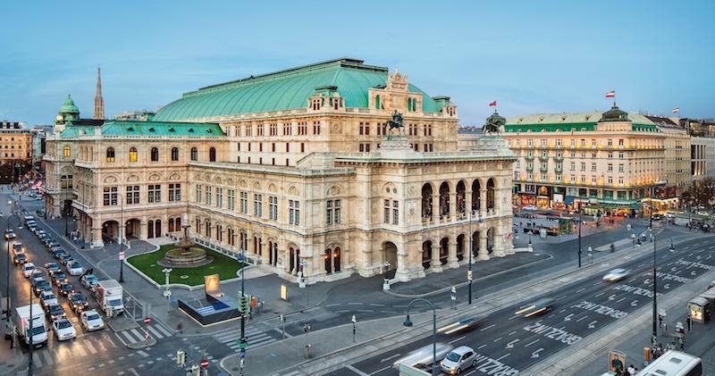 Wiener Staatsoper a Vienna