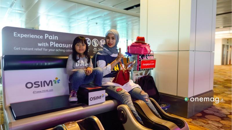 L'aeroporto Changi di Singapore, poltrone relax