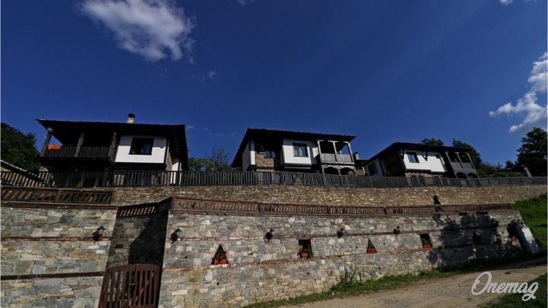 Visitare villaggio bulgaro Leshten