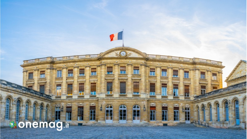 Il Palazzo Rohan, il Municipio di Bordeaux