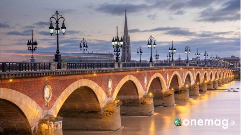 Il Ponte di Pietra a Bordeaux