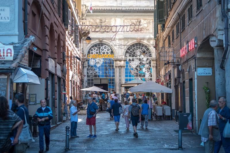 Le città meno visitate, Genova