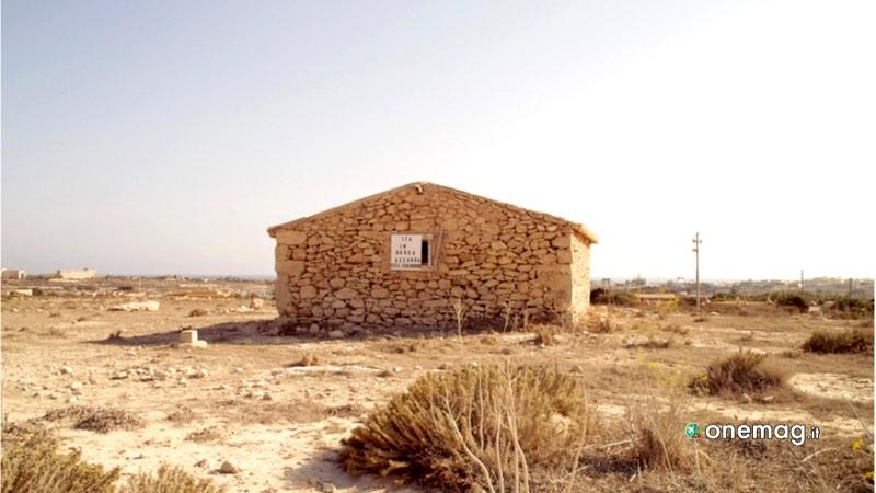 Lampedusa, casa in pietra