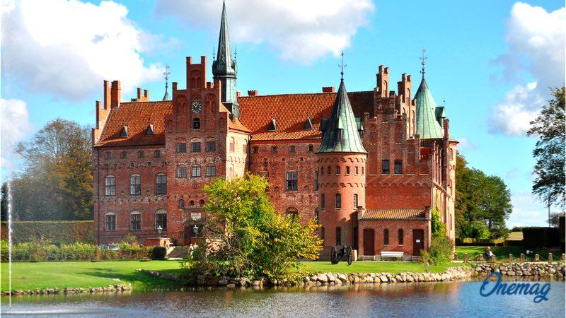 Cosa vedere a Odense, Castello di Egeskov