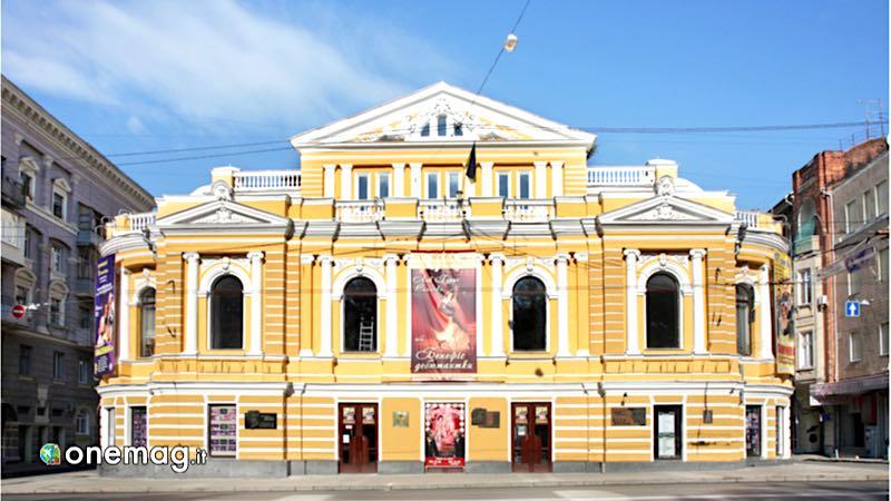 Kharkov, Teatro Accademico Shevcenko