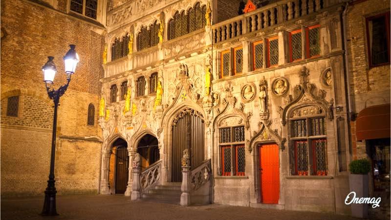 Cosa vedere a Bruges, Basilica del Sacro Sangue