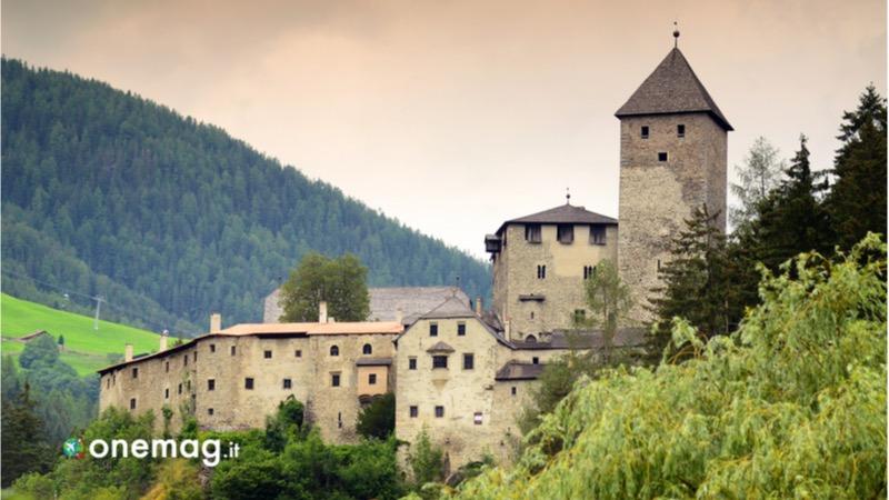 Cosa visitare a Brunico e nei dintorni, Castello di Tures