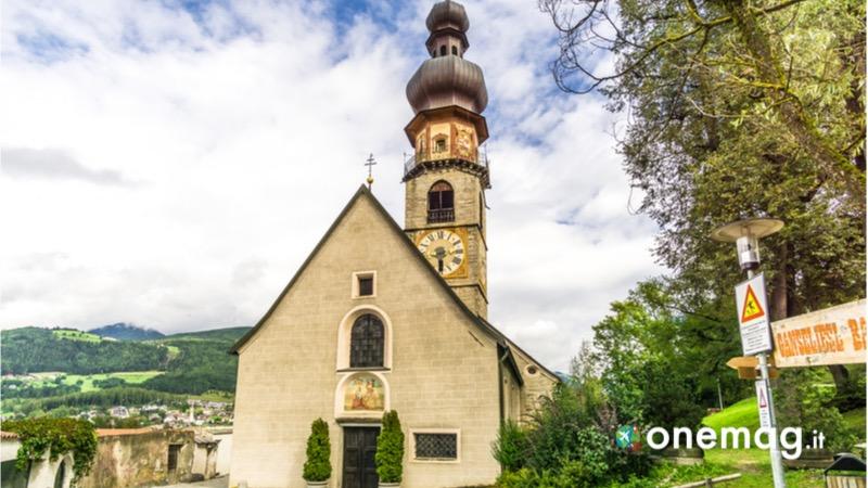 Cosa vedere a Brunico, la chiesa di Santa Caterina am Rain
