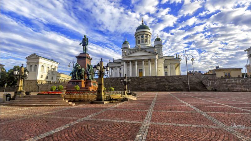 Cosa vedere a Helsinki, Piazza del Senato
