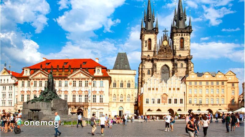 Cosa vedere a Praga, Piazza della Città Vecchia