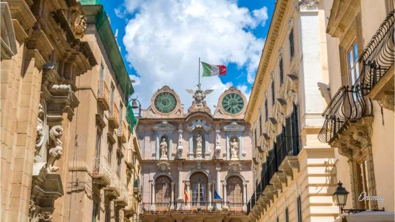 Trapani, palazzo storico