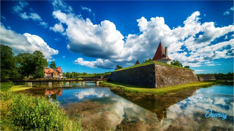 Saaremaa_castello
