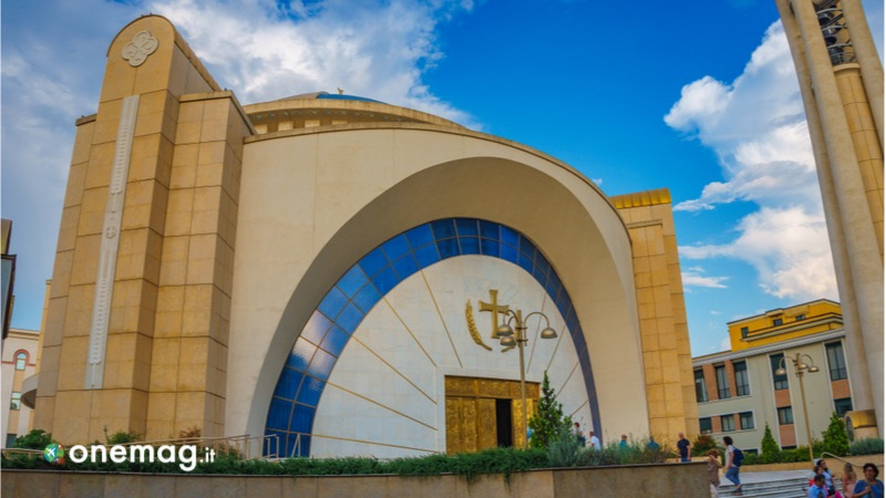 Tirana, cosa vedere nella capitale dell'Albania, la Cattedrale ortodossa della Resurrezione di Cristo