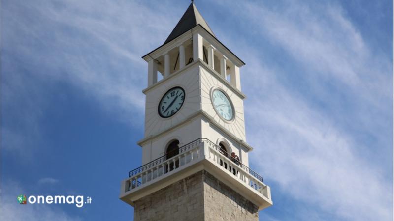 Cosa vedere a Tirana, la Torre dell'orologio