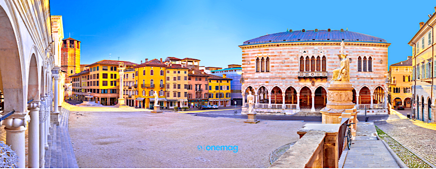 Cosa vedere a Udine, Piazza della Libertà