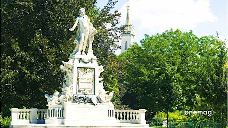 Vienna, monumento a Mozart