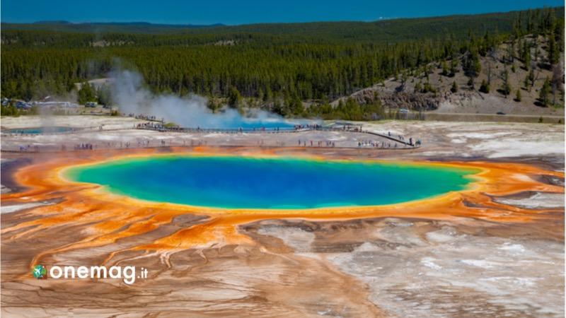 Gran Prismatic Spring, il lago naturale più colorato del mondo, i colori del lago