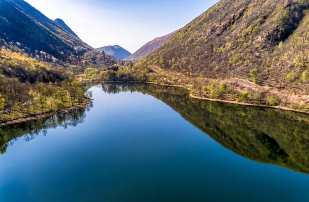 Visitare lago di Ghirla