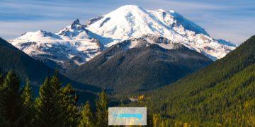 Monte Rainier, la temibile vetta stratovulcanica di Washington