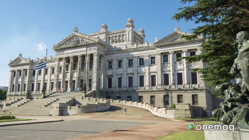 Palacio Legislativo, Montevideo