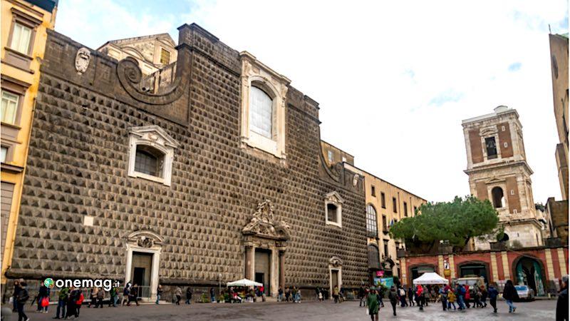 SpaccaNapoli, Chiesa del Gesù Nuovo