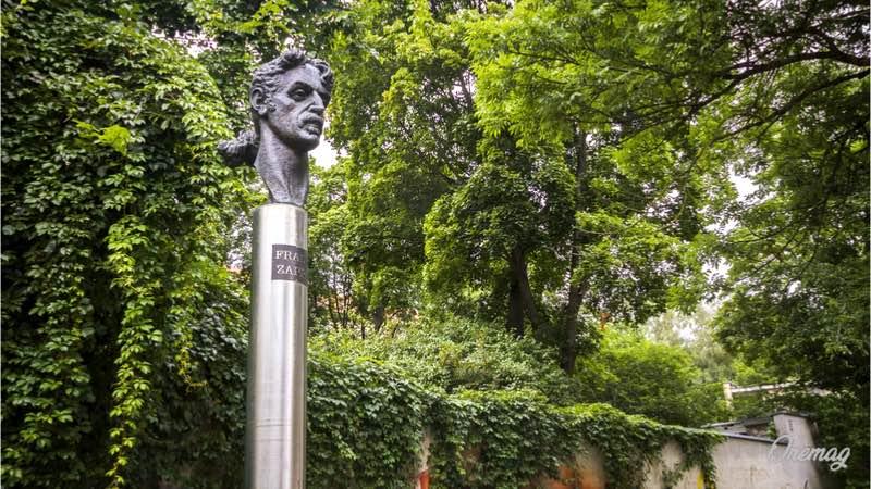 Cosa vedere a Vilnius, statua di Frank Zappa