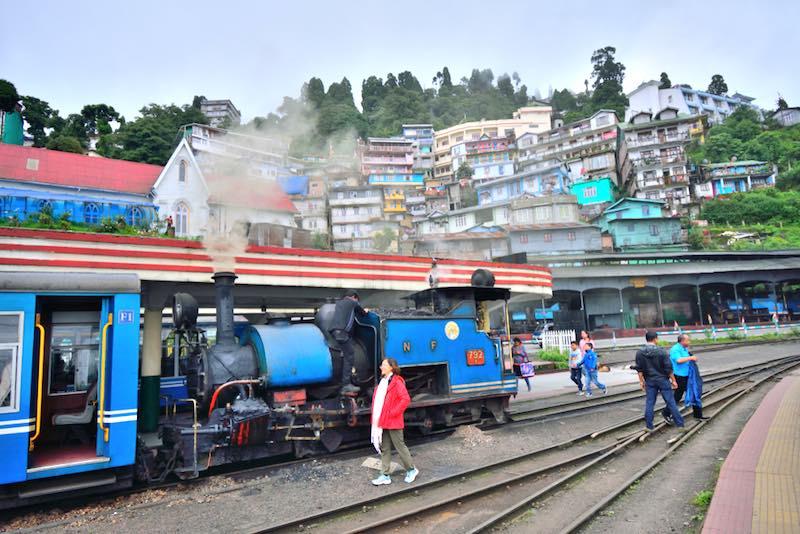 Ottobre in Asia, Darjeeling