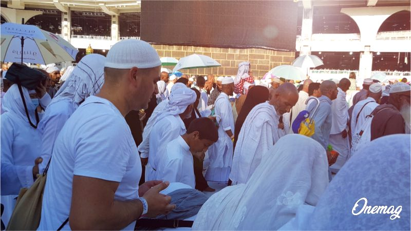 Hajj, la preghiera alla Mecca