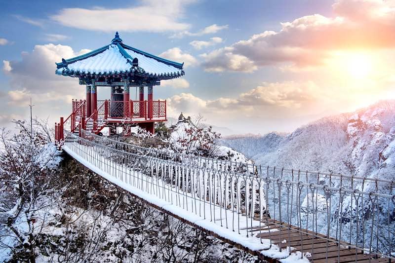 Corea del Sud, Tempio in inverno