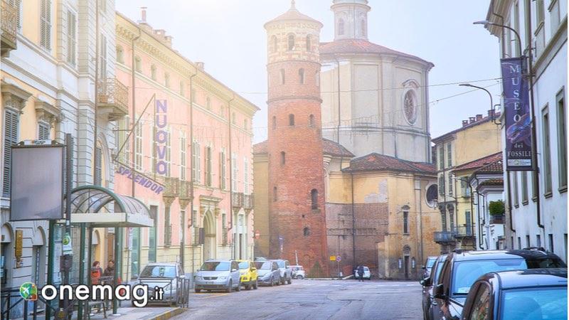 Corso Vittorio Alfieri, Guida turistica di Asti