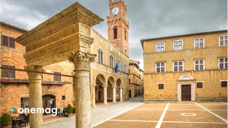 Cosa vedere a Pienza, il borgo rinascimentale di Papa Pio II, la piazza centrale del borgo