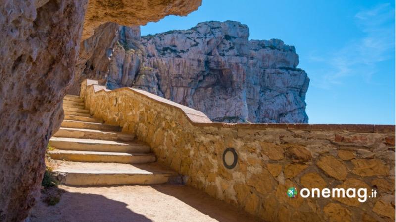 Cosa vedere ad Alghero, la Grotta di Nettuno
