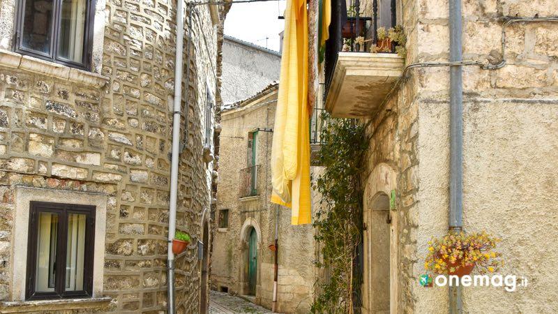 Cosa vedere a Oratino, vicolo del centro storico
