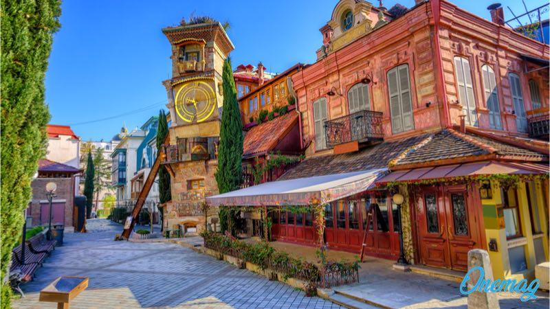 Tbilisi, la città gentile e tollerante