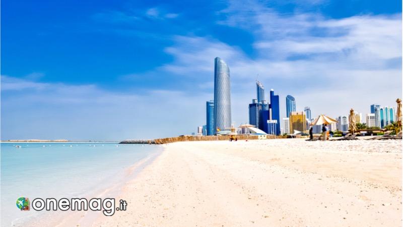Le spiagge di Abu Dhabi, La Corniche