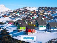 Groenlandia, il luogo migliore per vedere i fiordi con il sole di mezzanotte