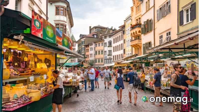 Piazza delle Erbe, Bolzano