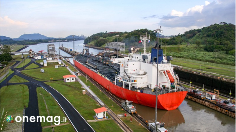 Il canale artificiale di Panama