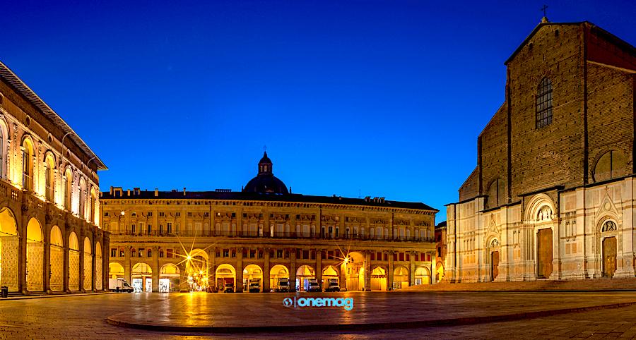Cosa vedere a Bologna, Piazza Maggiore