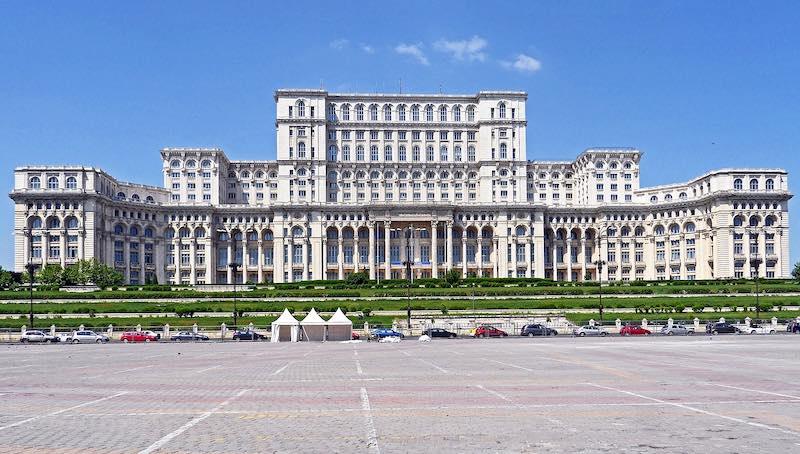 Bucarest, Parlamento