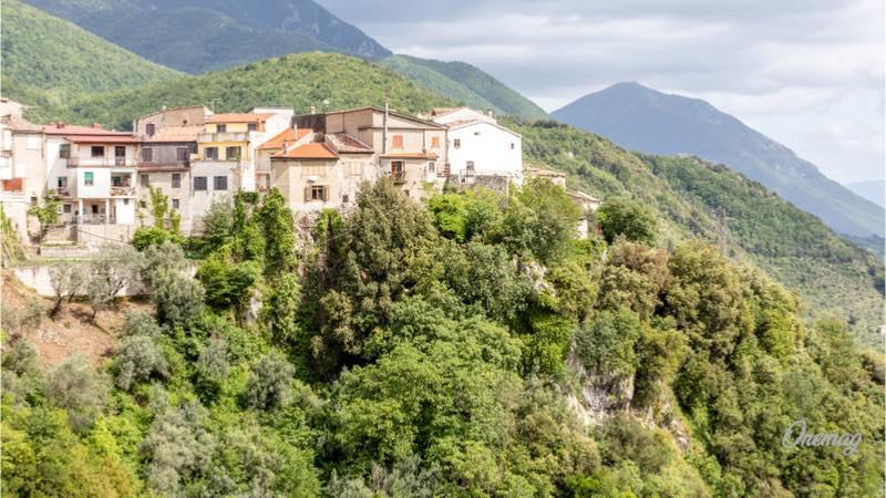 Weekend in Campania, Castello del Matese