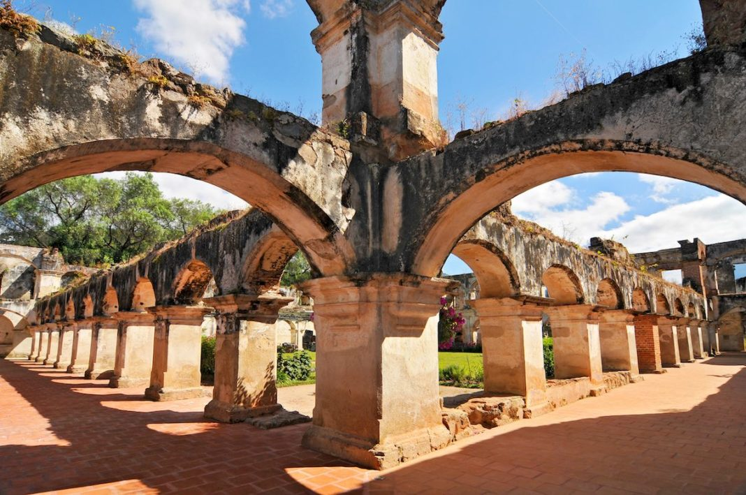 Palermo, le Catacombe dei Cappuccini e gli 8000 corpi sepolti