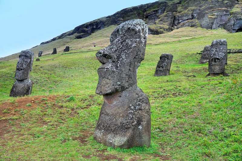 CIle, Moai di Rapa Nui