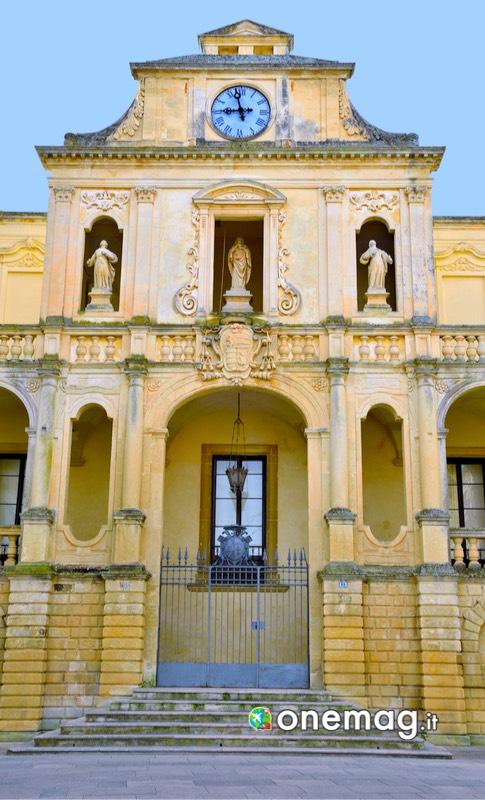 Attrazioni di Lecce: la facciata del Palazzo Vescovile di Lecce