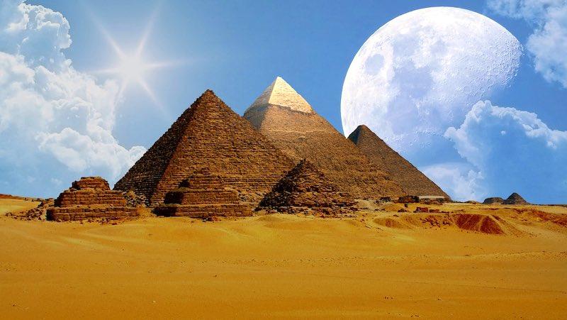 Egitto, le piramidi di Giza