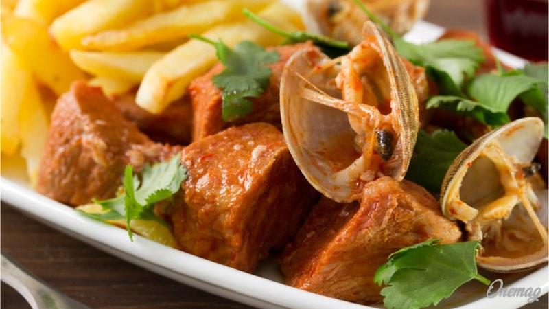 La gastronomia del Portogallo, Carne de Porco a Alentejana