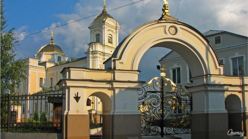 Cosa vedere a Lutsk, Chiesa della Trinità